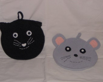 New handmade potholders: cat and mouse