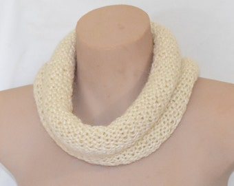 Cream knitted cowl in alpaca blend yarn