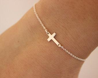 Sideways cross bracelet, tiny cross bracelet, silver bracelet, baptism gift, confirmation gift, delicate bracelet, children bracelet