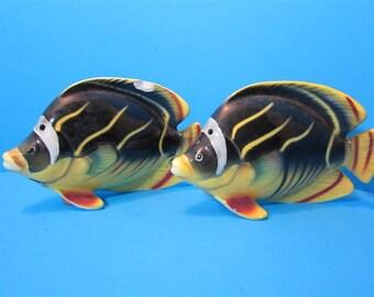 Vintage Ceramic Fish Salt and Pepper Shakers Beach Ocean Mermaids  Japan #324