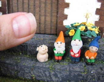 Miniature Dollhouse Garden Gnome Dwarf pig 1:12 polymer clay