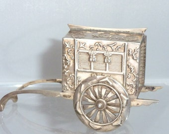 Vintage Japanese sterling silver Rickshaw pepper rolling wagon Pepper Shaker Pepperette Cruet Novelty Unusual
