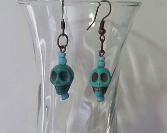 Halloween Earrings/Halloween Jewelry/Turquoise Howlite Earrings/SKULL EARRINGS