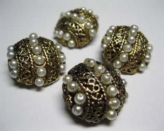 Faux seed pearls buttons set of 4 – Gold tone metal set of 4 faux pearls buttons ~ Vintage buttons