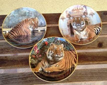 """Set of Two Tiger Collectible plates Franklin Mint Palatial Tiger Plate, Majestic Tiger Plate, and """"Tiger in Paradise"""" Ron Kimball"""