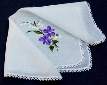 Vintage White Hanky with Embroidered Purple Flowers and Lace Trim,Tatted Lace Hanky,White Handkerchief,Wedding Favor,Bridesmaid Gift