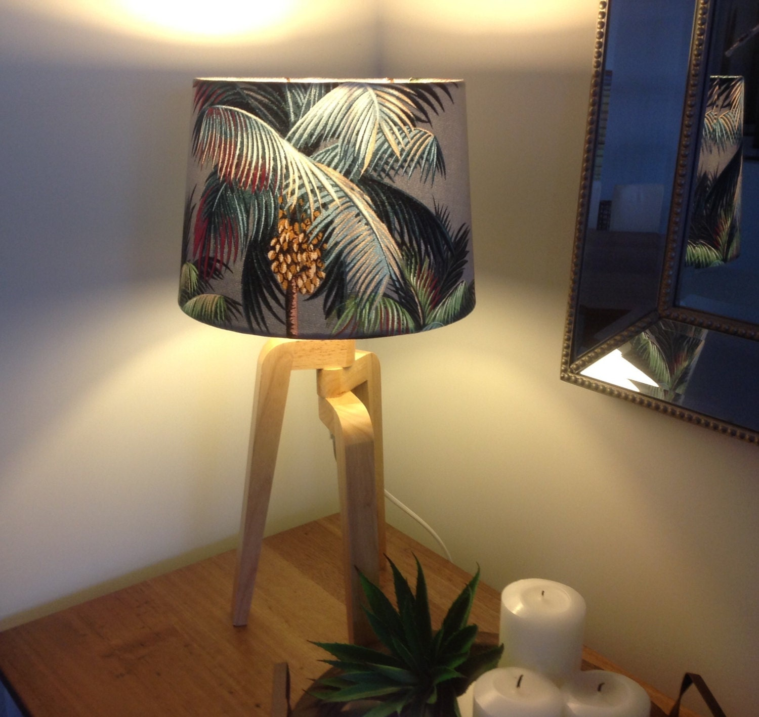 lampshade coastal decor hawaiian lamp shade beach decor. Black Bedroom Furniture Sets. Home Design Ideas