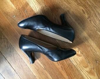 Black Leather 30s Depression Era Pumps