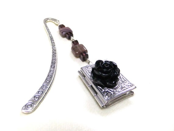 Black Rose and Book Locket Bookmark, Beaded Bookmark, Silver Bookmark, Booklovers, Bookworm, Student Gift, Teachers Gift, Book Accessory