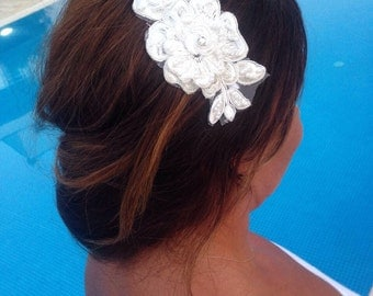 Pearls Bridal Lace Hair Comb , Wedding Hair Accessories, Lace Wedding Comb, Ivory Lace Headpiece, Lace Hairpiece