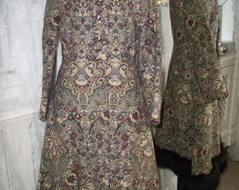 Alexander Newman tapestry fur trimmed coat - 1960s 1970s - Ditsy Vintage - Size Small