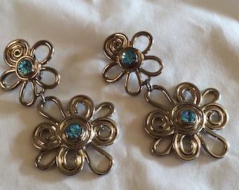 Vintage Avon Dangling Metal Flower Clip Earrings
