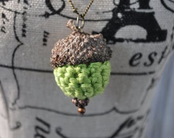 Crochet Necklace - Acorn Jewelry - Green