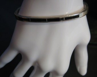 Vintage .950 Sterling Silver - Black Onyx Hinged Bangle Bracelet 20g - GH-13