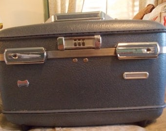Vintage American Tourister Cosmetic Case (1227)