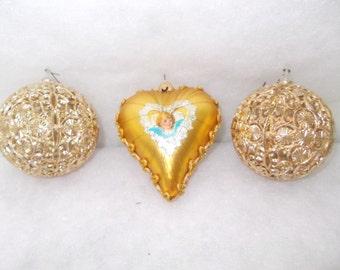 SALE - Three Vintage Christmas Ornament (1384)