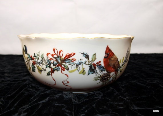 Lenox Winter Greetings serving bowl, 1996, mint, Catherine McClung, porcelain