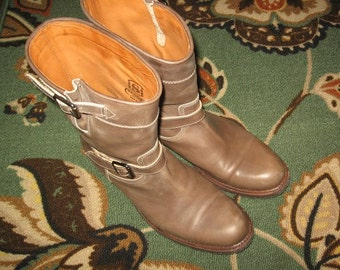 Sendra~Boots ~ Quality ~ Vintage~Taupe Leather ~ Engineer~Awesomely Clean~ Women's Size 11 N/M Width