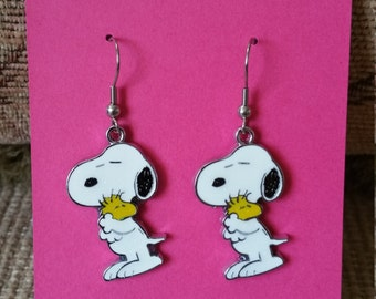 Adorable Snoopy Earrings - Only Pay Shipping On 1st Item in US!  See Pics - Great Gift Idea!