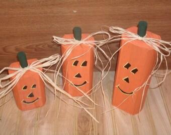 Wood Pumpkin, Wood Pumpkin Decor ,Rustic Halloween Decor, wood Pumpkin trio, Fall Decor, pumpkin, Thanksgiving Decor, Rustic Thanksgiving De