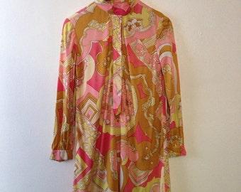 70s psychedelic mini dress size 4