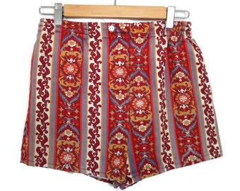 Vintage 1970s Boho Tribal Vintage Flat Front Shorts XS S