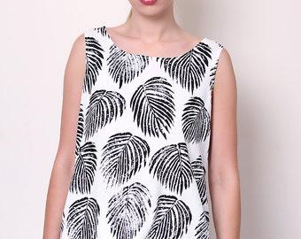 Liquorish Palm Print Top