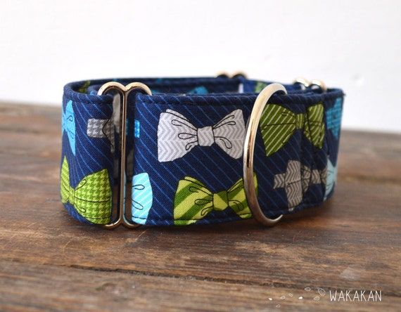Martingale dog collar model Fancy Dog. Adjustable and handmade with 100% cotton fabric.Bow ties in blue and green Wakakan