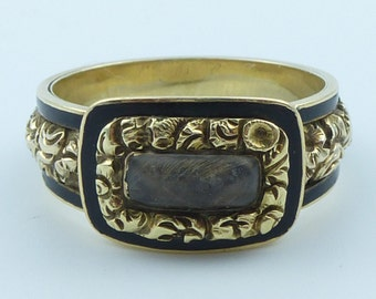18ct Gold and Black enamel mourning ring with plaited hair panel 1824