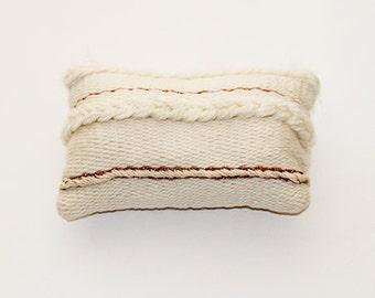 "Small pillow woven ""Latica."