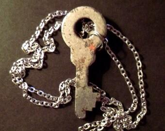 Pendant: Key