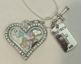 Military families support locket with Army boot. The locket is 18kgp the chain is 9.25 Sterling Silver snake chain.