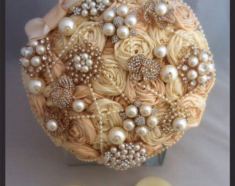 Ivory and champagne satin ribbon rose brooch bouquet. Fabric brooch bouquet. Brooch bouquet. Ribbon rose bouquet. Champagne brooch bouquet