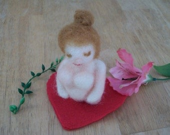 Needle Felted Woman, Pregnant Figure, Wool Mom To Be