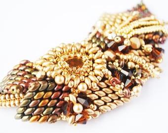 Pendant, gold pendant, cristal pendant, long pendant, beaded pendant, beadwork pendant, Jewelry, handmade pendant, OOAK, swarovski jewelry