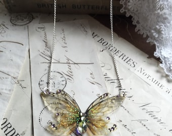 Pretty double Faerie wing Small necklace