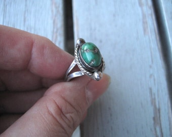 Green turquoise ring -- 247