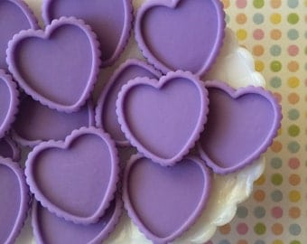 Cabochon Setting, 30mm Resin Cameo Frame, Heart Shaped Frame. Flatback Heart Cabochon ( 5 pieces ) Purple Heart