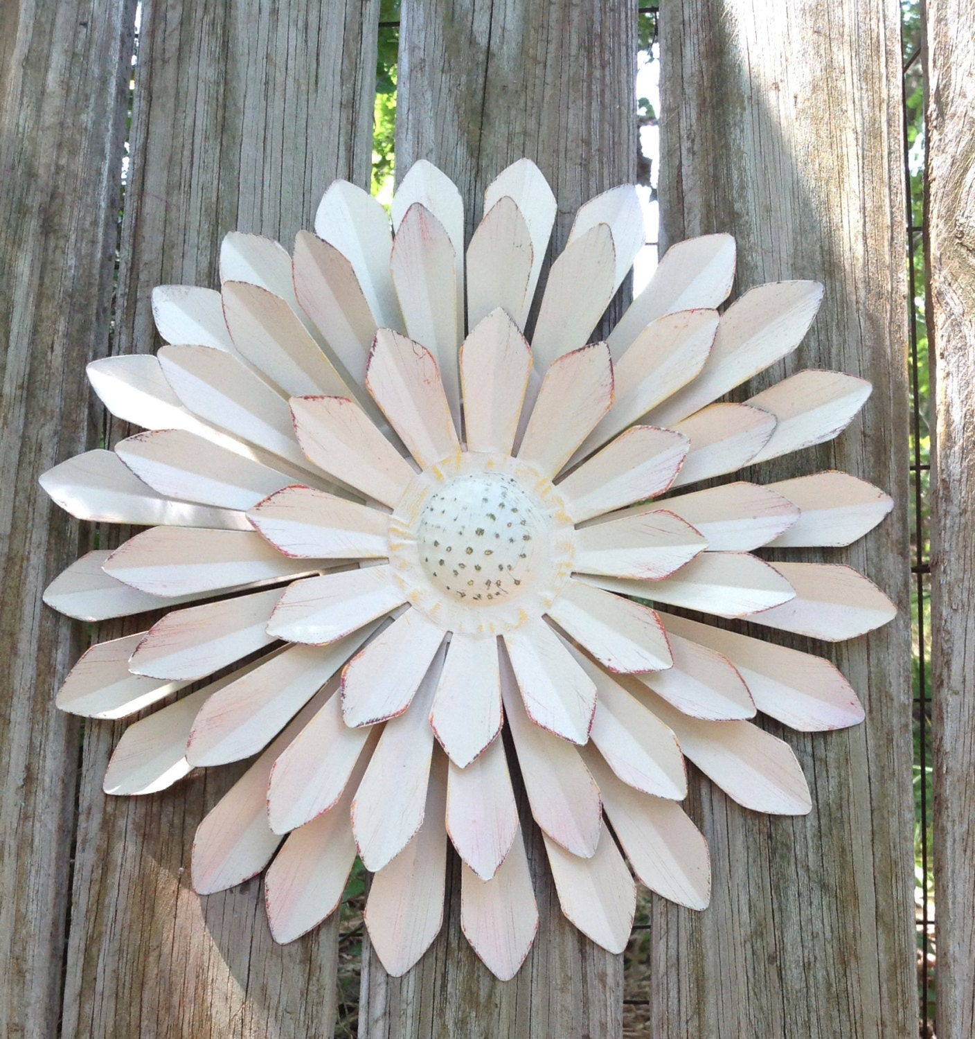Shabby Chic White Metal Flower Fence And Wall Metal Art