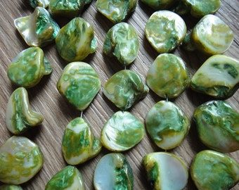 20mm Lt. Green Mop Bead Natural Shell Beads Mother of pearl Beads 20pcs