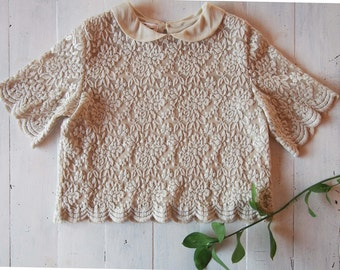 Girls Vintage look Lace Top Handmade Scallop Cropped Beige Blouse Peterpan Collar Size 8 - 10