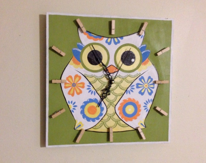 Christmas gift idea for kids, OWL Clock, FUN and Colorful Kids Clock, Funny Wood Wall Clock, Baby Nursery, Kids bedroom decor
