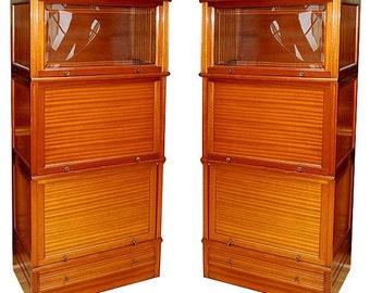 24.2914 Fabulous Pair of Matching American Mahogany Cabinets