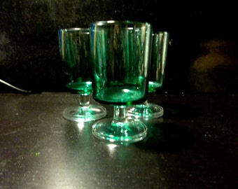 ON SALE WAS 12.00...Emerald Green Juice, Liqueur Glasses