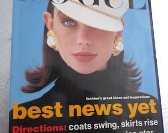 1991 VOGUE AUSTRALIA February No. 2 Vintage Fashion Magazine Tokyo Harry Connick Pucci Moscow London