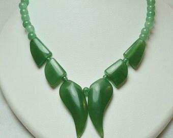 Beautiful Adventurine Quartz Necklace. SP 68