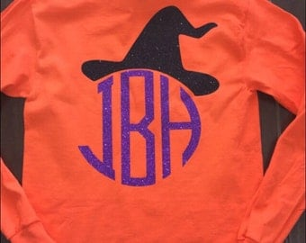 Youth halloween withches hat shirt!