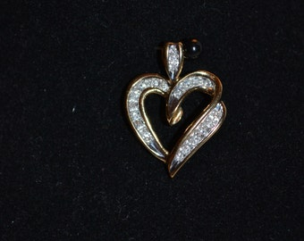 Beautiful Vintage Heart Pendant – Diamonds and Gold – pp7049
