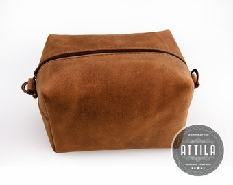 Brown Dopp kit, Groomsmen gift, Shaving kit, Shaving brush, Vintage Shaving set, Mens shaving kit, Personalized, Toiletry bag, Groom