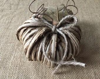 Ring bearer pumpkin for fall wedding/ pumpkin ring holder/ wedding ring holder/ Fall wedding/ Autumn wedding/rustic wedding/woodland wedding